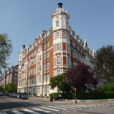 property in st johns wood